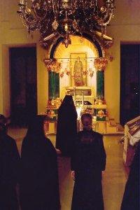 Братский молебен у мощей преподобного Нила