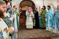 Архиерейская служба в день празднования Оковецко-Ржевской иконы Божией Матери. 24 июля 2004 г.