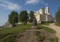 Памятник преп. Нилу Столобенскому